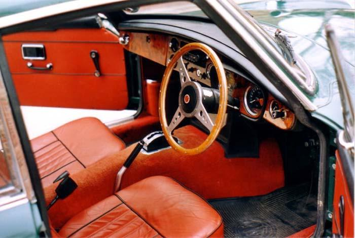 And this is the interior shot - thanks must go to Clive Royle, the previous owner, for all the care and attention to detail that he poured into this car!