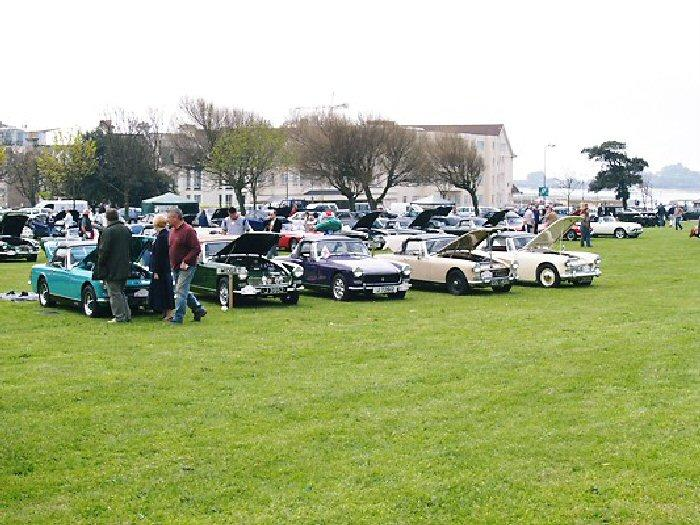 Chrome Bumper Midgets at Jersey Rally. The winner was the Aqua one owned by Ken Waylett of S.Wales. The Bedouin is from Dorset..........and who has spotted the AH Sprite?