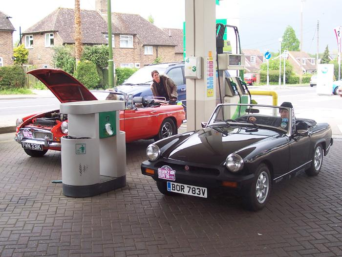 A quick refill for the Midget and it was onwards to Brighton!