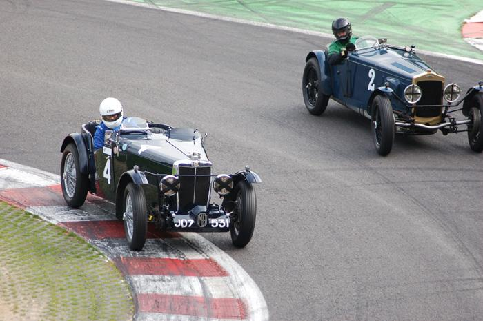MG K2 at the bus stop chicane/2