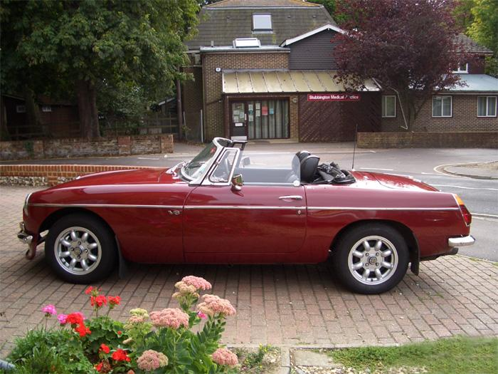 A new purchase of a V8 roadster replaces the kit car
