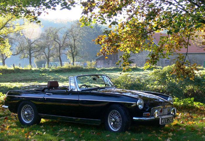 My 1971 MGB with its original numberplate on a bright October morning at Solingen/Germany.