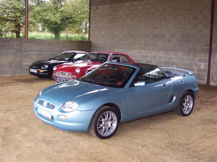 My MGF SE having fun with others at the Charente MGOC BBQ