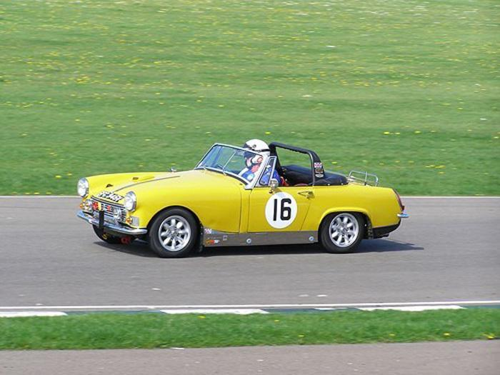 MG Midget 1500 at GRRC Spring Sprint 2009